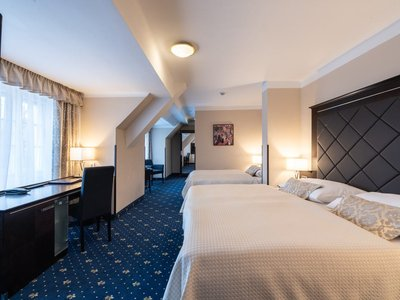 Hotel Kampa - Old Armoury - Double room with extra bed